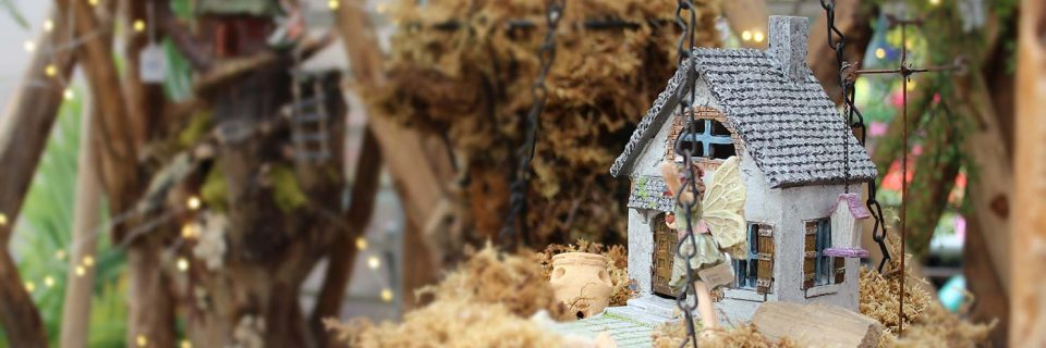 Outfit your home with quaint treasures from our seasonal gift shop.